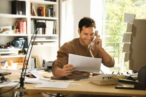 What's the difference between a freight broker and a freight agent?